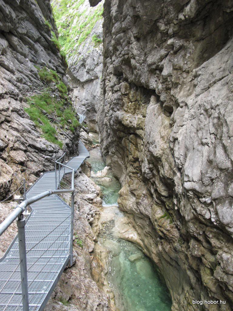 Attersee Burggrabenklamm Austria