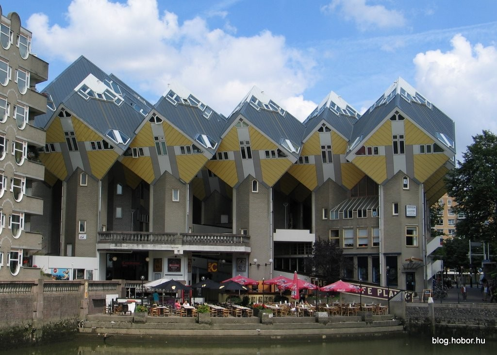 Cube Houses in ROTTERDAM (The Netherlands)